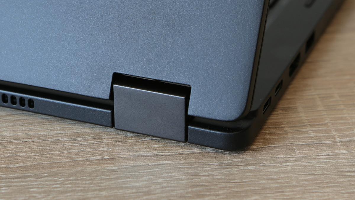 Dell Latitude 5289: долгоиграющий и компактный ноутбук-транcформер - 3