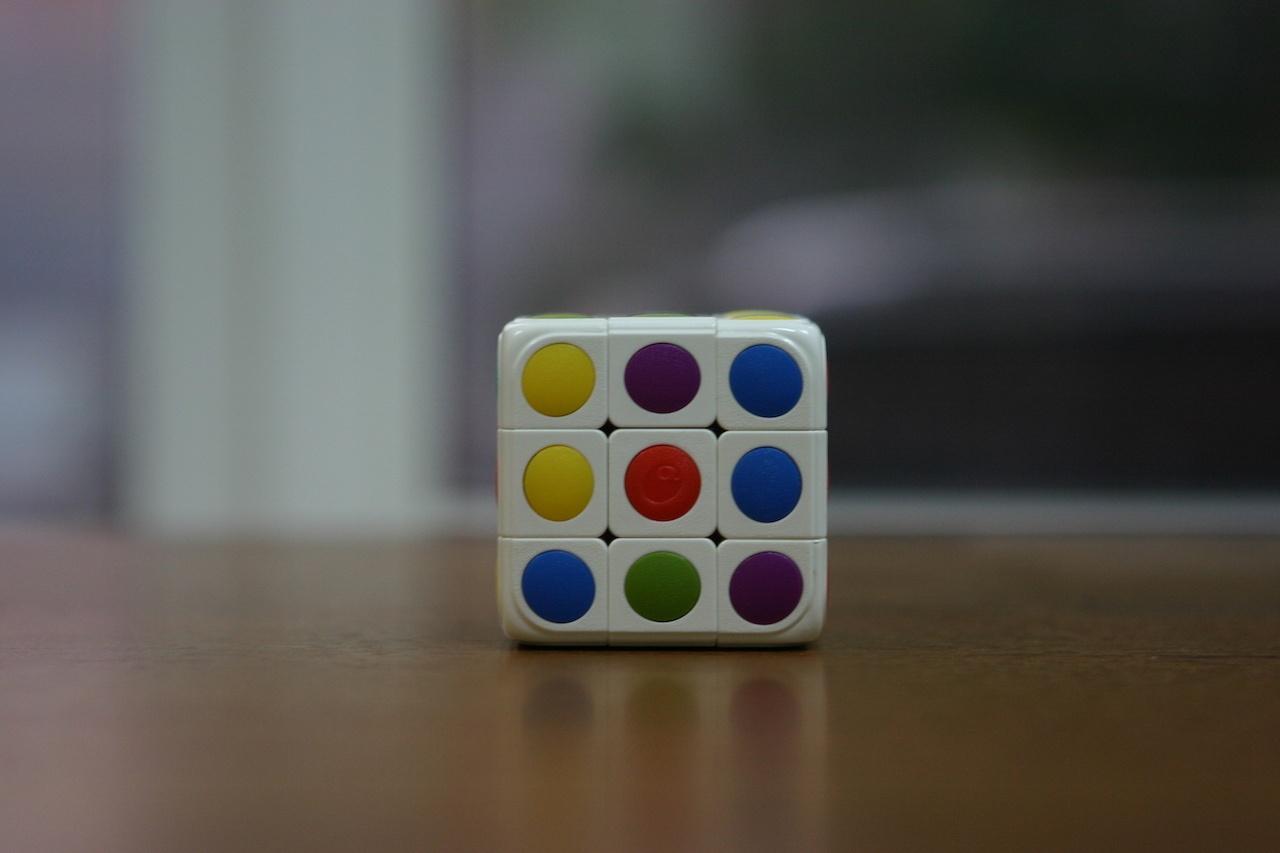 Умный кубик Рубика: теперь и он «синхронизируется» со смартфоном - 16
