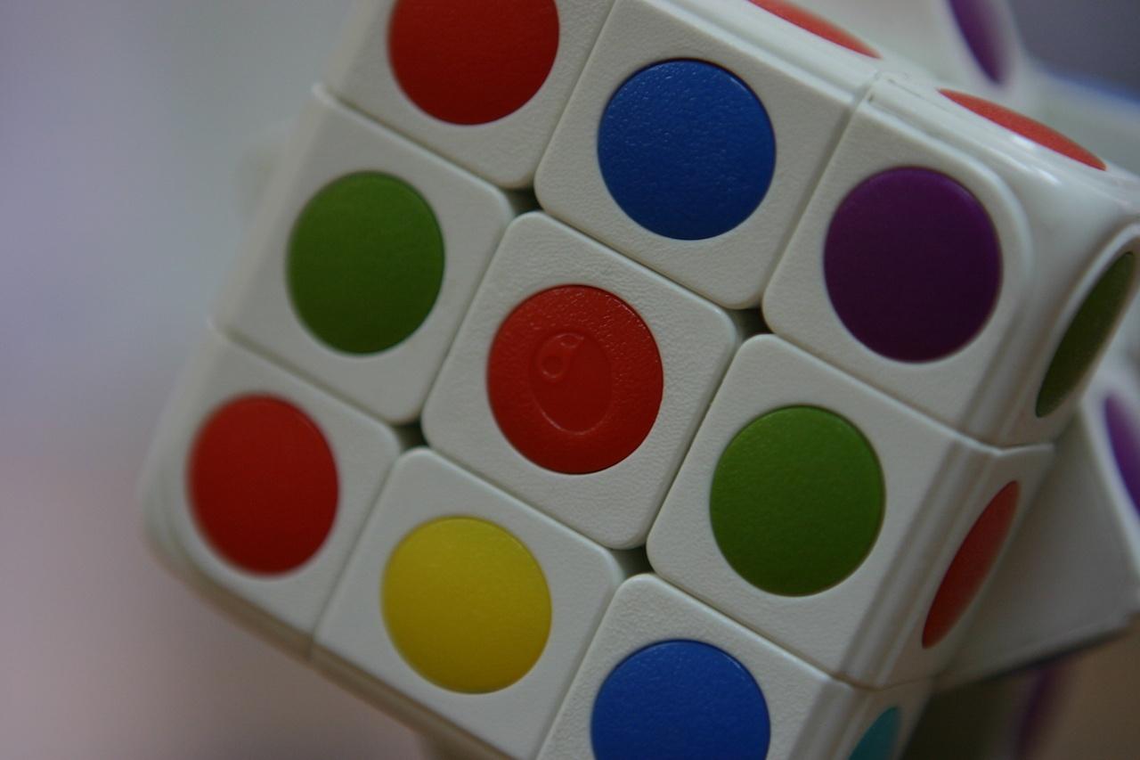Умный кубик Рубика: теперь и он «синхронизируется» со смартфоном - 6