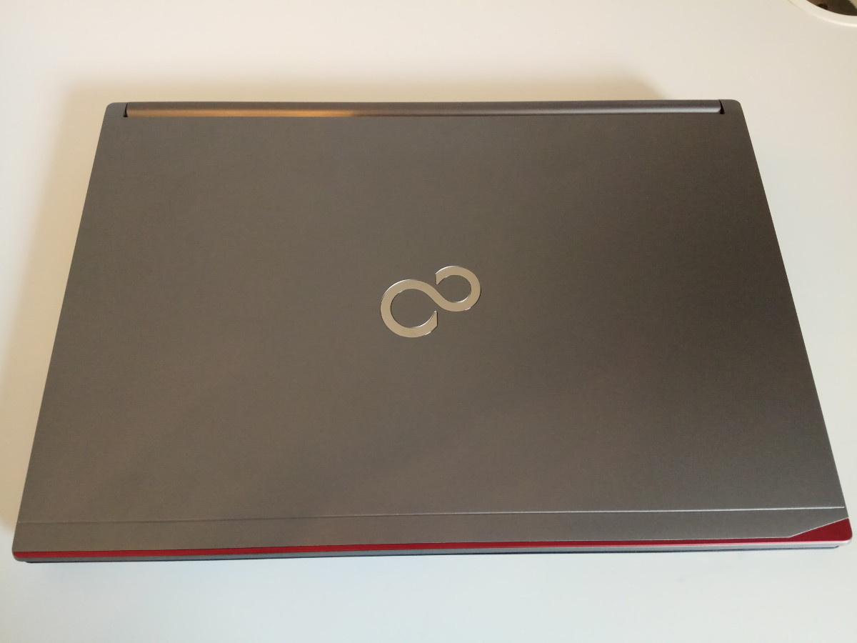 Опыт использования бизнес-ноутбука FUJITSU LIFEBOOK E746: дом вместо офиса, Linux вместо Windows - 1