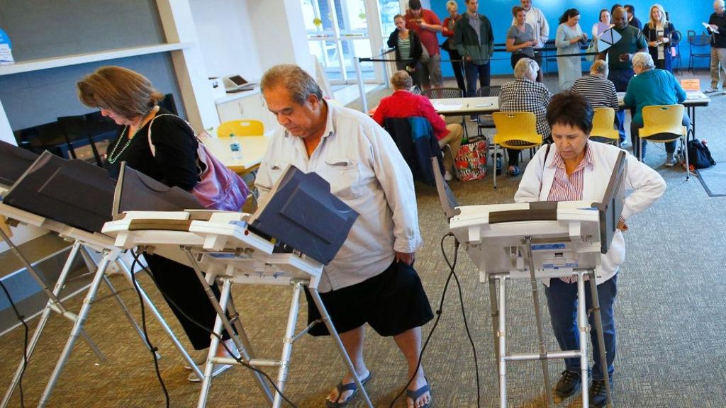 На DEF CON американские терминалы для голосования взломали за 90 минут - 1