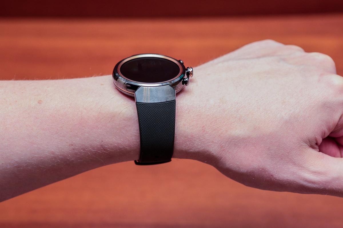 Обзор умных часов ASUS ZenWatch 3 - 11
