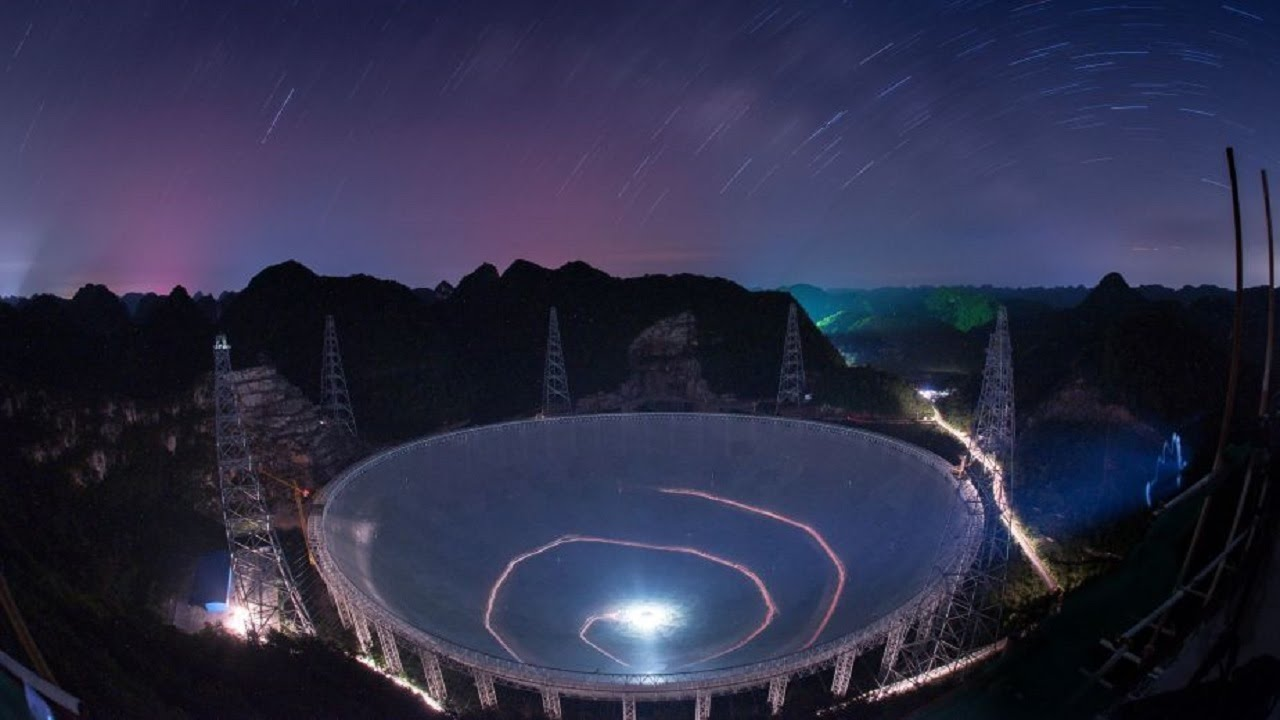 Китай построил самый большой телескоп в мире, но в стране нет специалистов, способных им управлять - 1