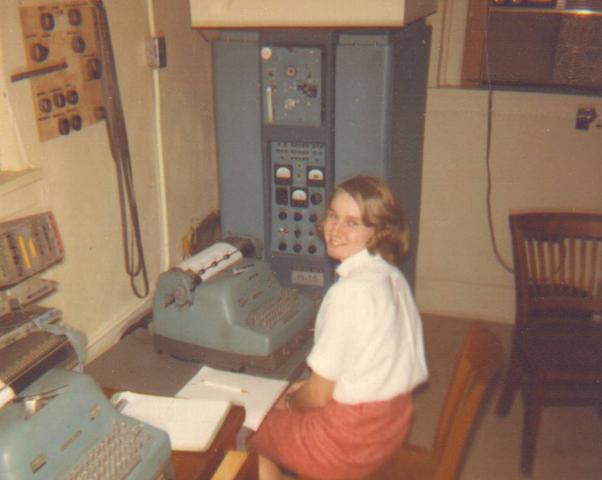 Первые персональные вычислительные машины: LPG-30, Bendix G-15 - 13