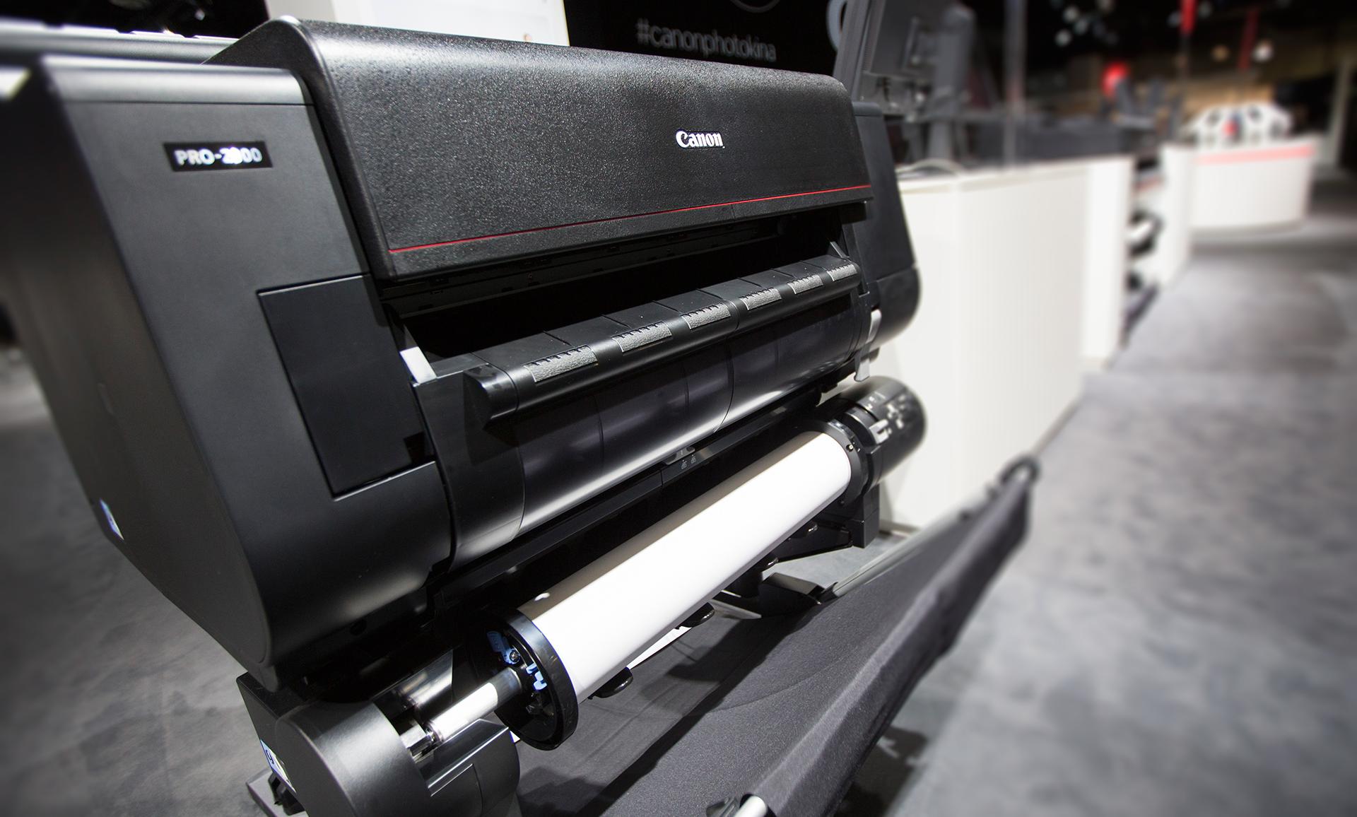 Тонкая красная линия: обзор широкоформатного принтера Canon imagePROGRAF PRO-2000 - 1