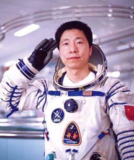 Китай будет подготавливать космонавтов для других стран