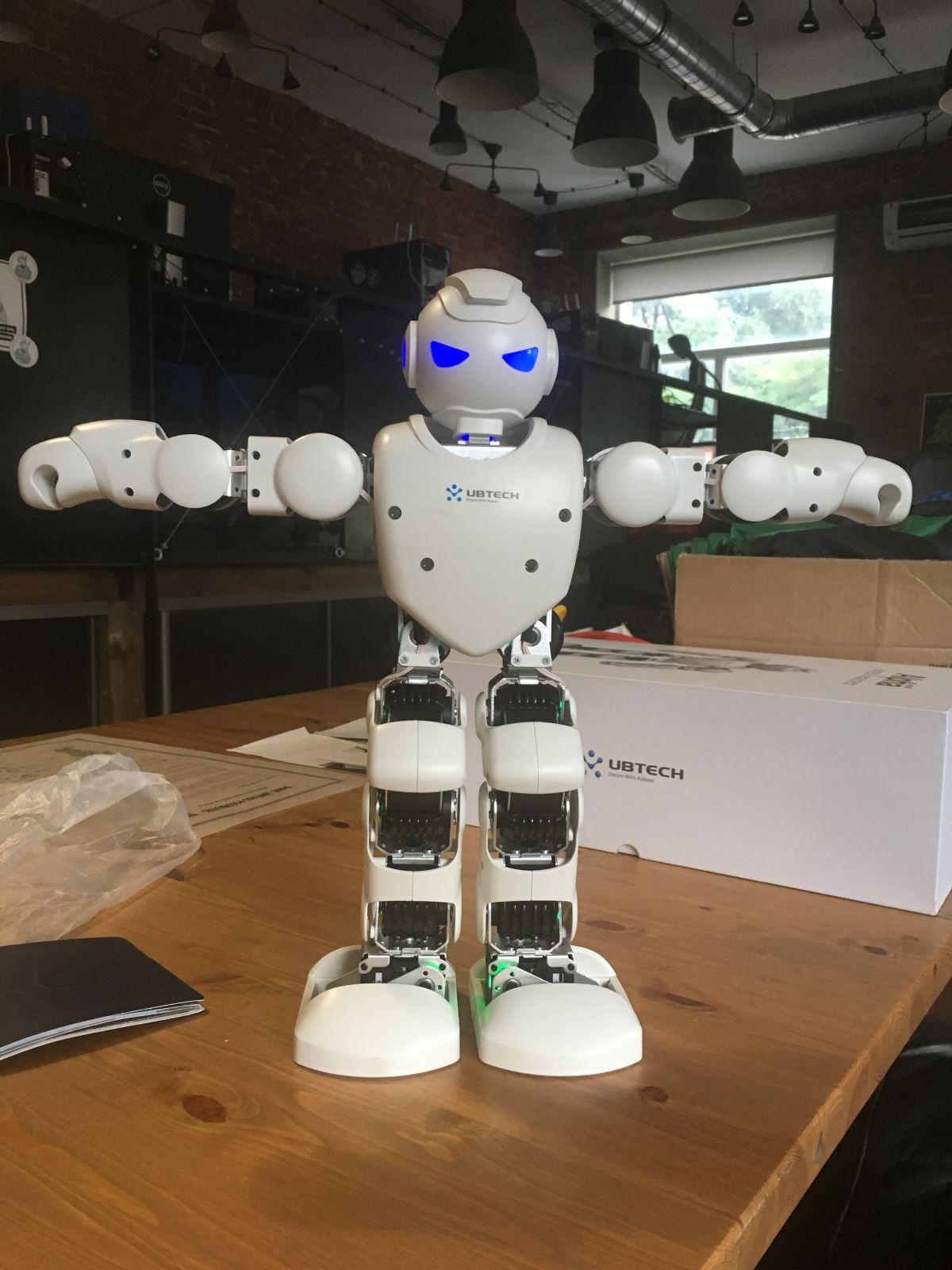 UBTECH Alpha1 Pro — программируемый робот для детей от 8 до 150 - 4