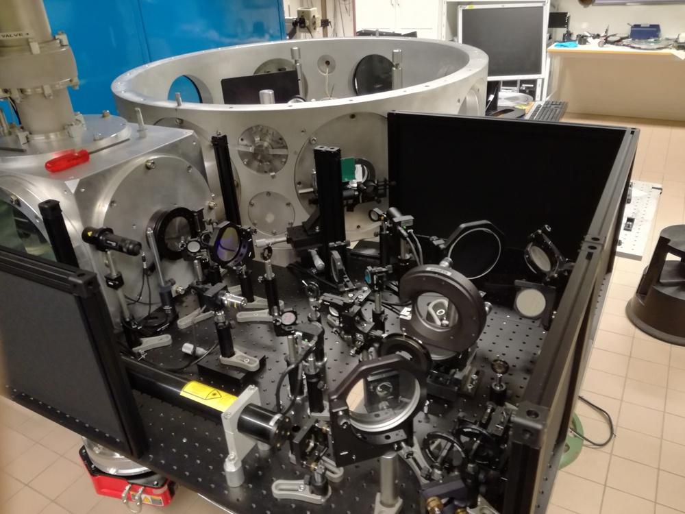 Ускорение протонов лазером из кусочка фольги - 1
