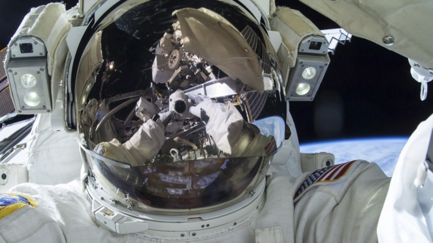 Медики изучили молекулярные изменения в организме 18-ти российских космонавтов - 1