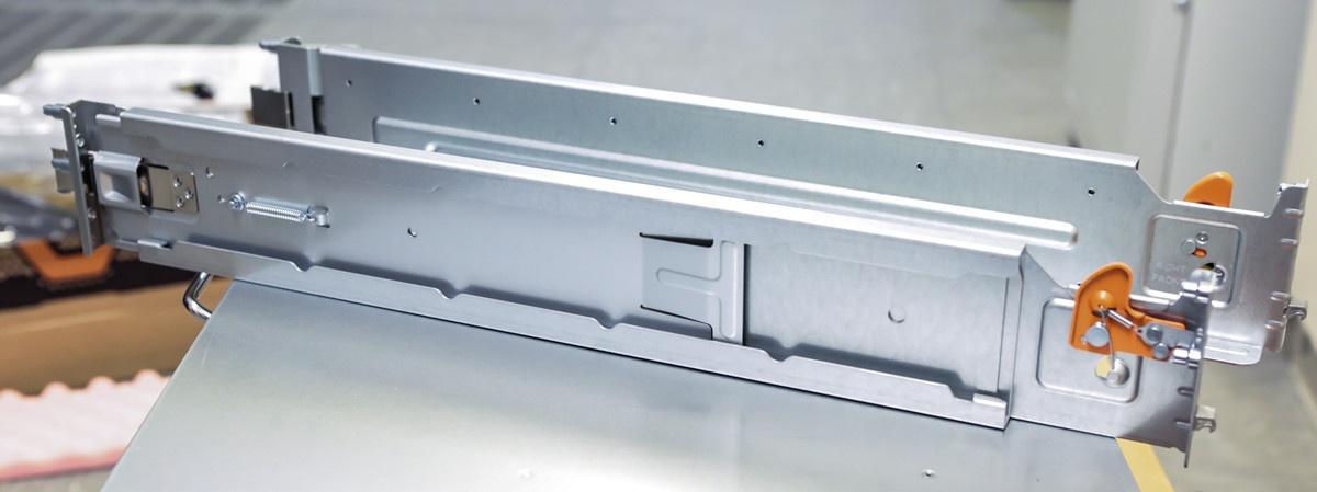 Про МАССИВный ночник Pure Storage и счастливую пиарщицу - 34