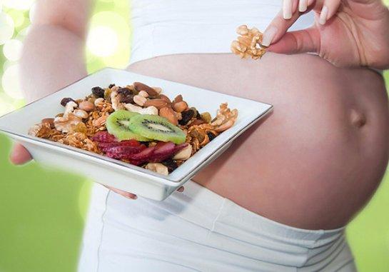 Дефицит витаминов у беременной вызывает психические расстройства у ребенка