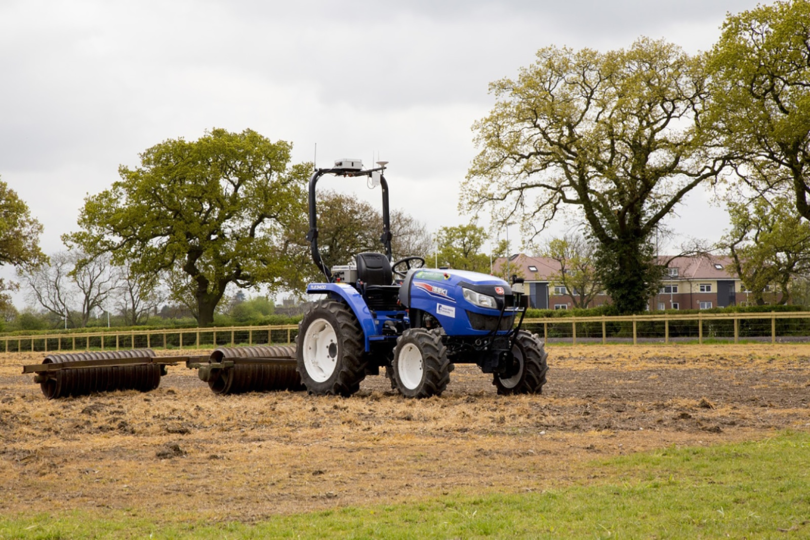 Агрономы-робототехники из Великобритании вырастили и собрали весь урожай при помощи автоматики - 1