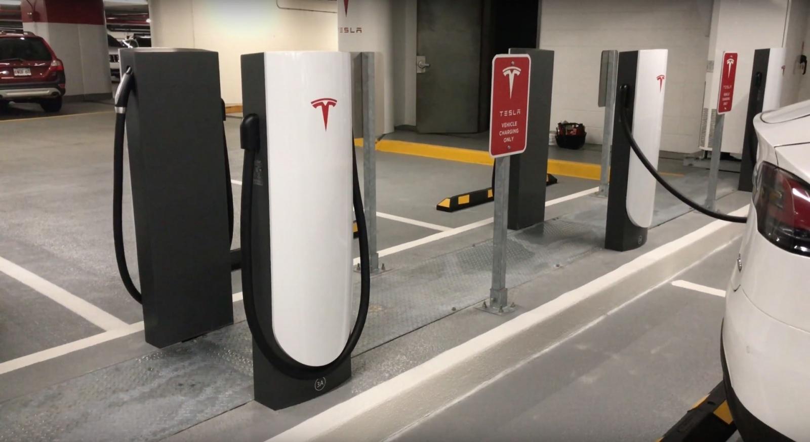 Новый тип зарядных станций от Tesla - 1
