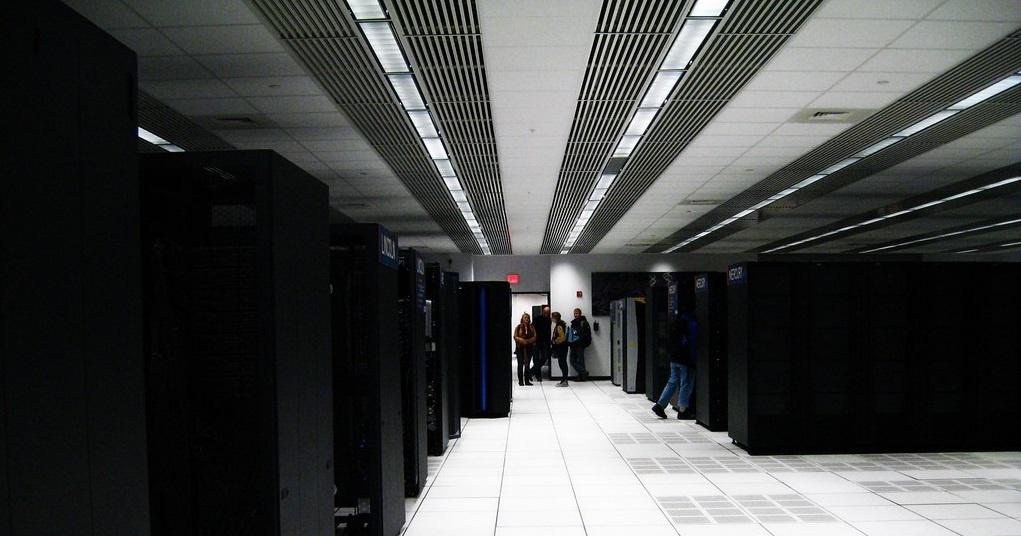 Китай сделал новый ход в гонке суперкомпьютеров - 1