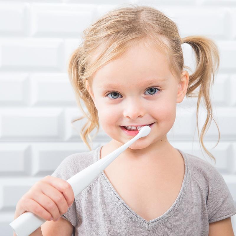 Умные щетки приучат детей чистить зубы 2 минуты - 2