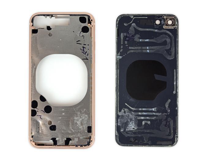 iPhone 8: вялые продажи, 6 баллов по шкале ремонтопригодности iFixit - 11