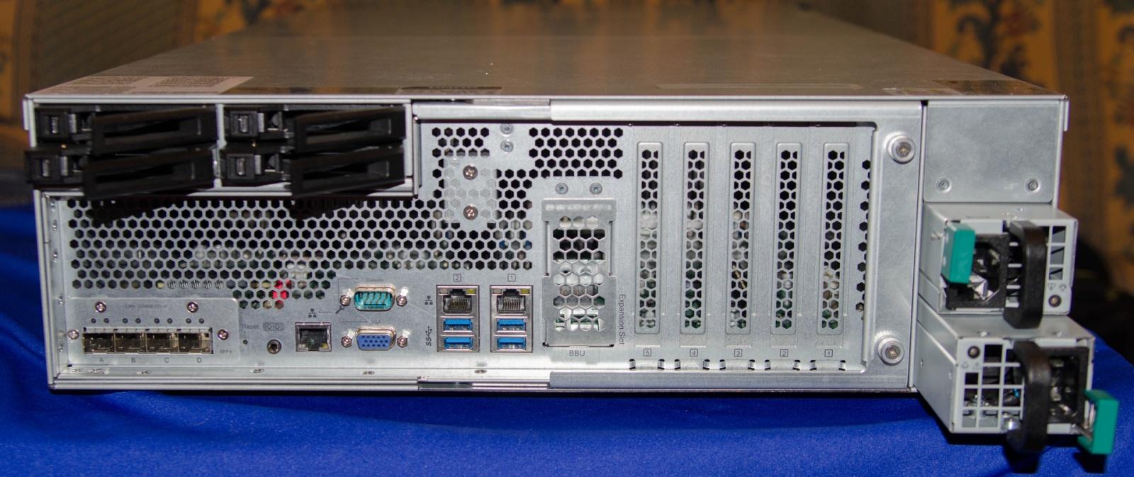 Обзор NAS для малого и среднего бизнеса QNAP TDS-16489U - 10