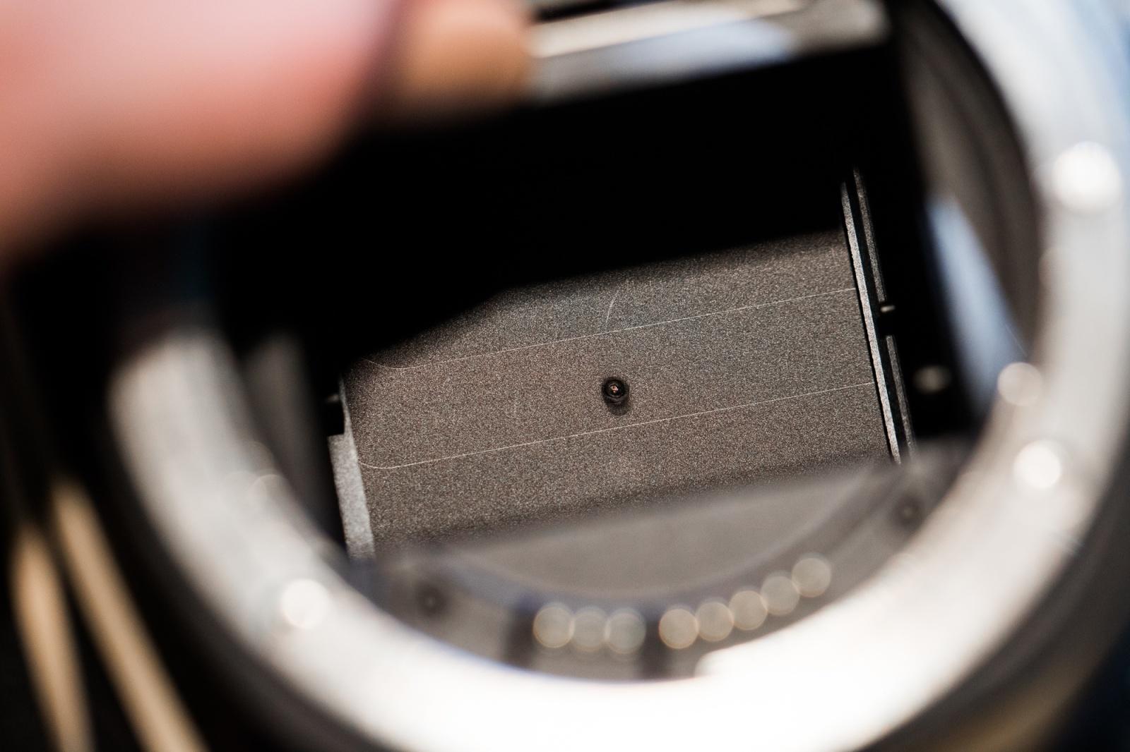 Прокатное фотографическое оборудование, повреждённое солнечным затмением - 2