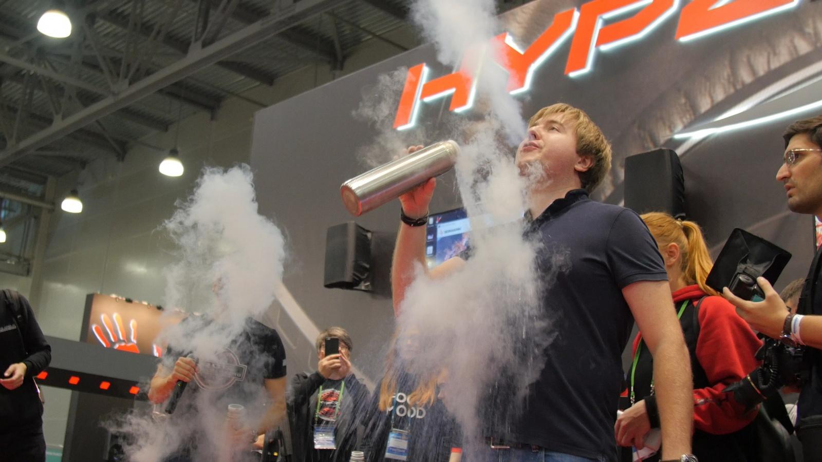 HyperX зажжёт на выставке «Игромир 2017» - 9