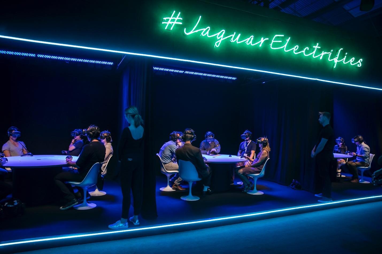 Рабочие станции Dell Precision легли в основу первой глобальной VR-презентации, организованной Jaguar - 2