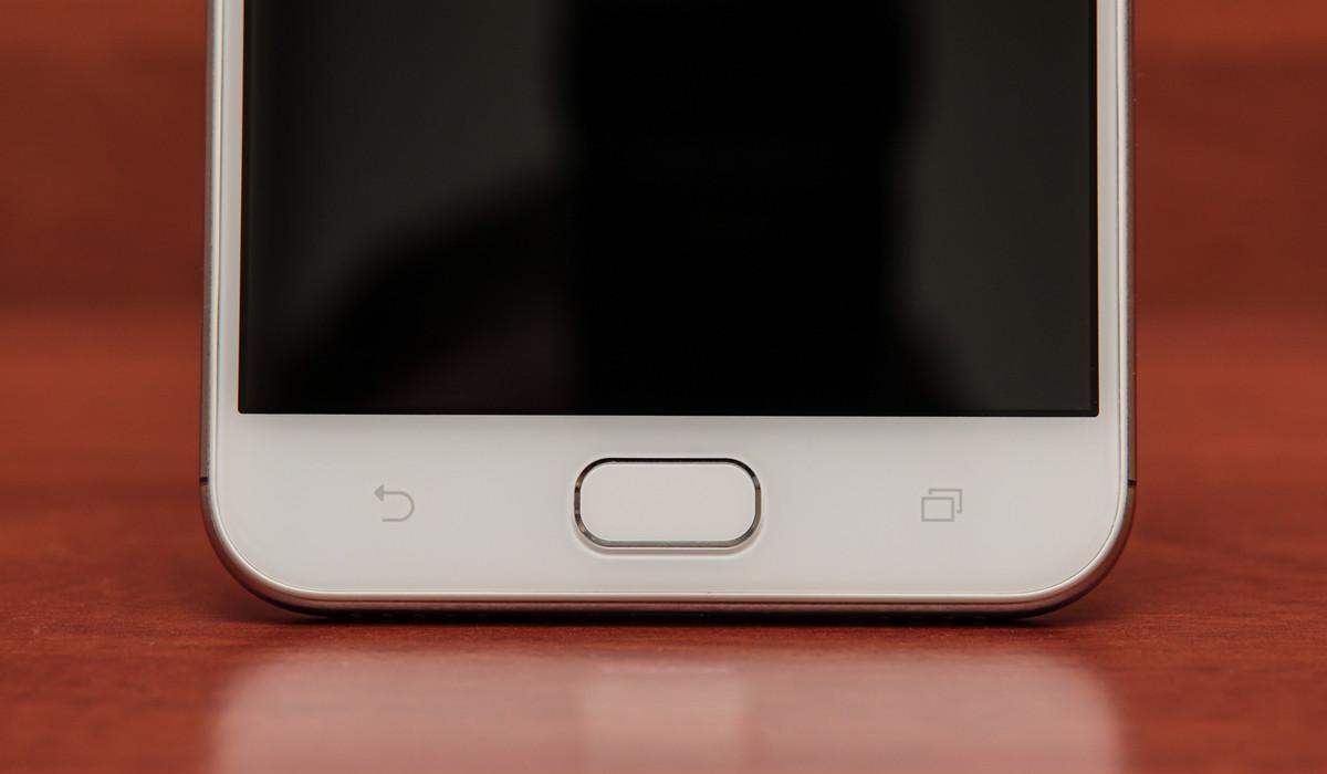 Обзор смартфона ASUS ZenFone 4 Selfie - 11