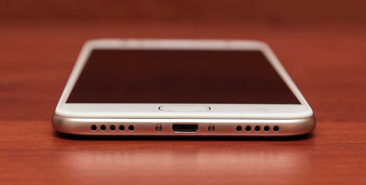 Обзор смартфона ASUS ZenFone 4 Selfie - 20