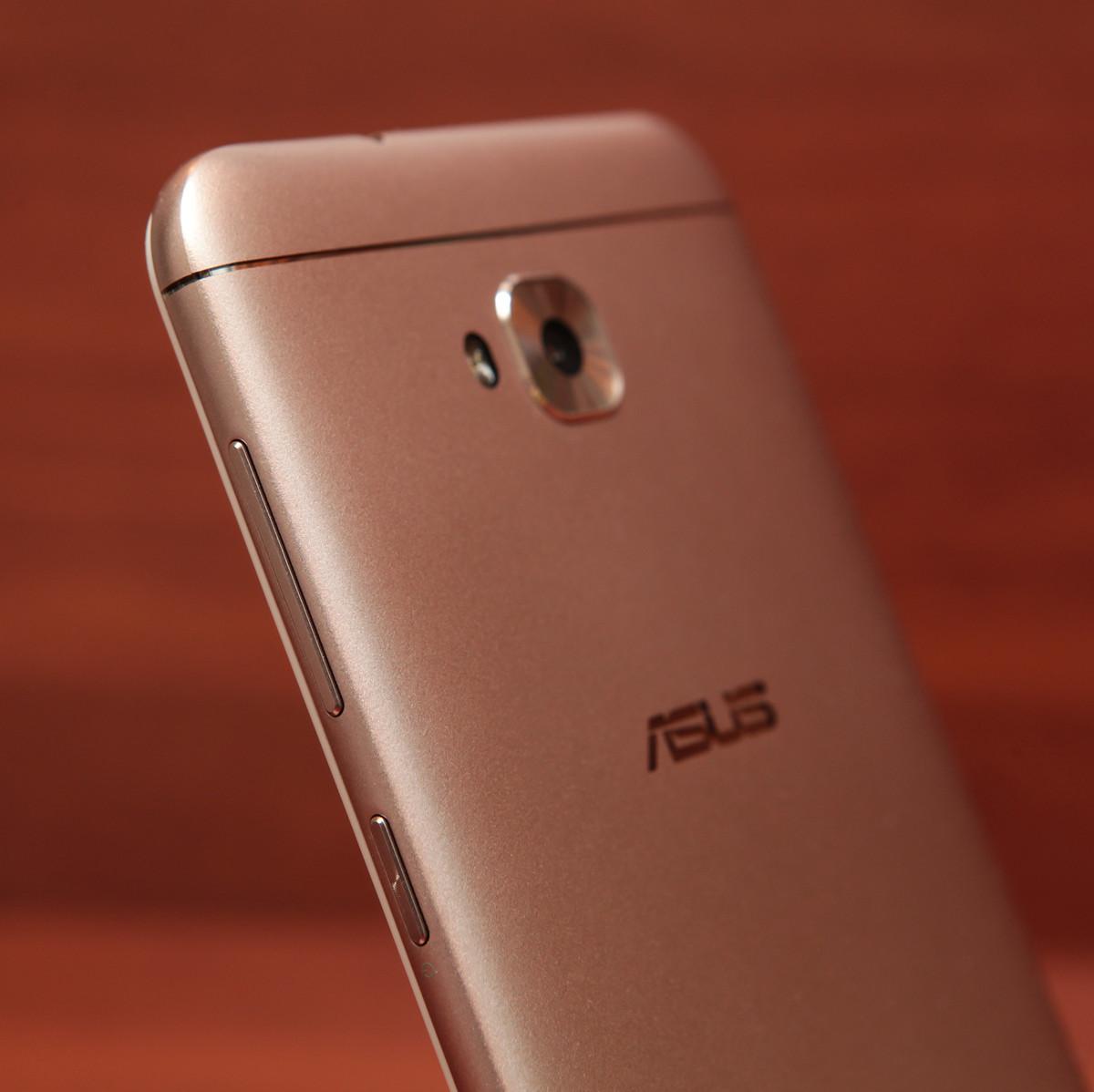 Обзор смартфона ASUS ZenFone 4 Selfie - 22
