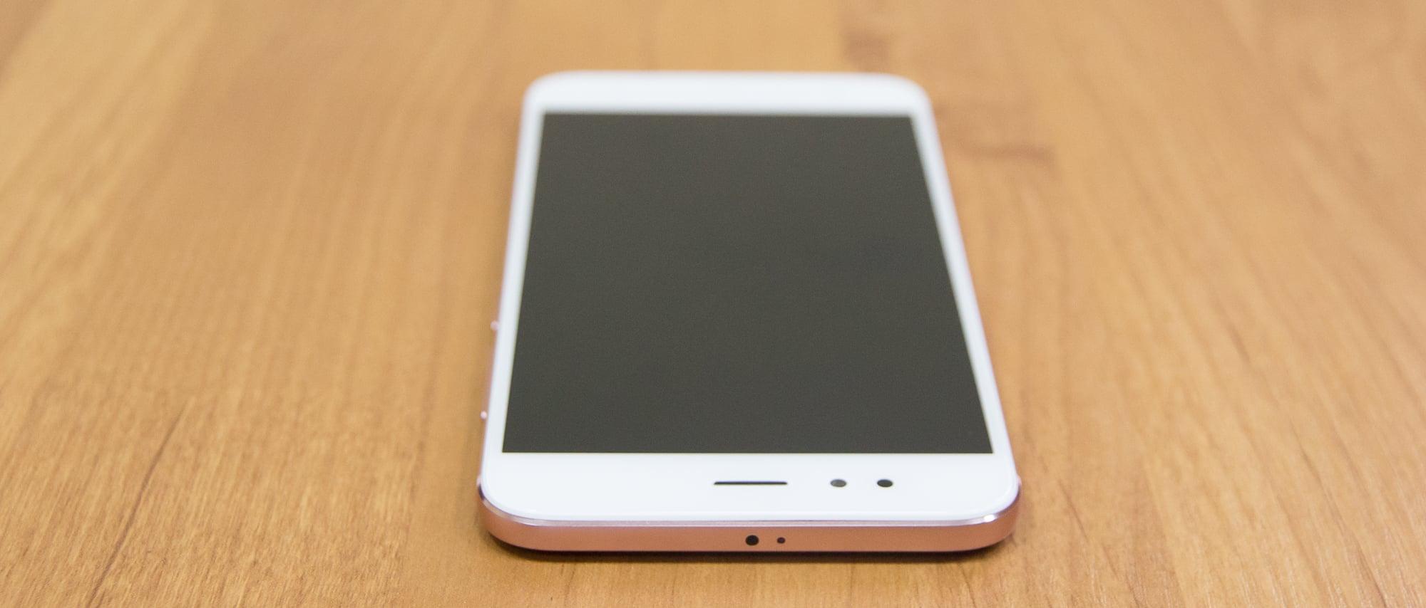 Обзор недорогого смартфона с хорошей для этой цены камерой. Изучаем Xiaomi Mi 5X (он же A1) - 11
