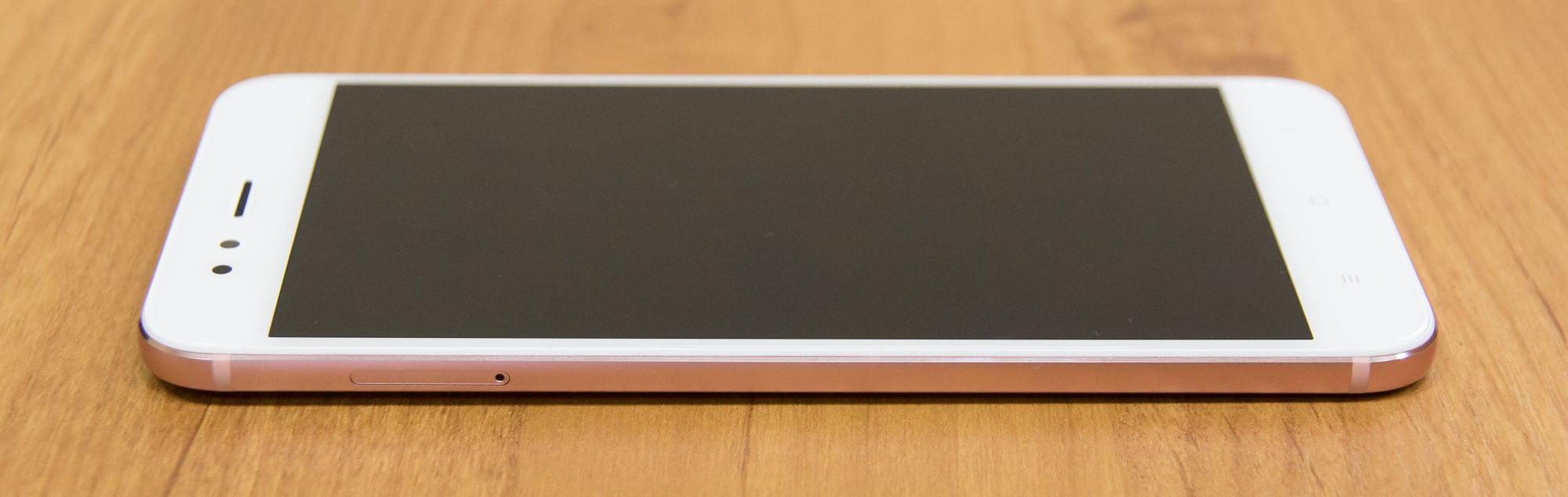 Обзор недорогого смартфона с хорошей для этой цены камерой. Изучаем Xiaomi Mi 5X (он же A1) - 7