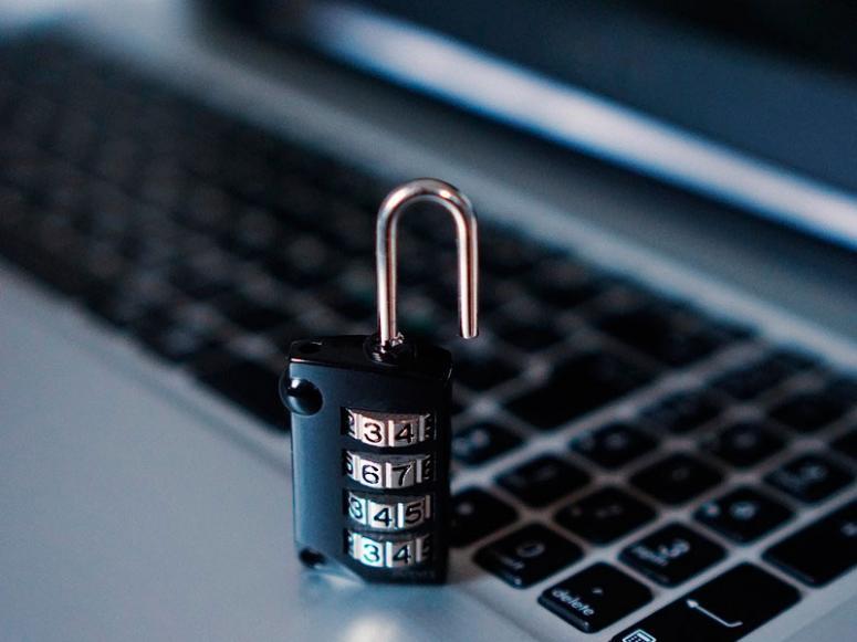 Роскомнадзор создает центр для проведения учений по блокировкам сайтов и сервисов - 1