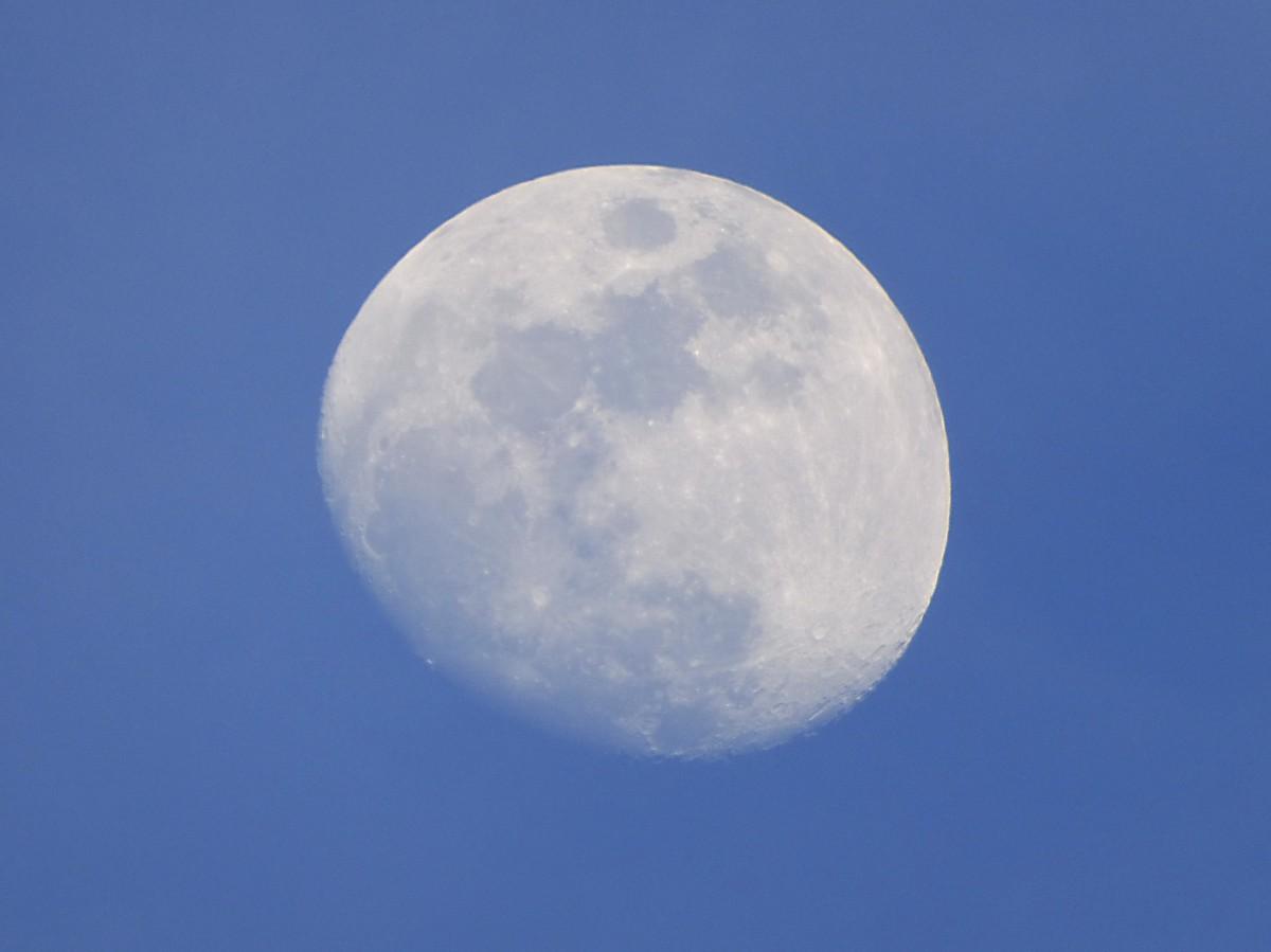Результаты нового исследования показывают, что миллиарды лет назад на Луне была атмосфера - 1