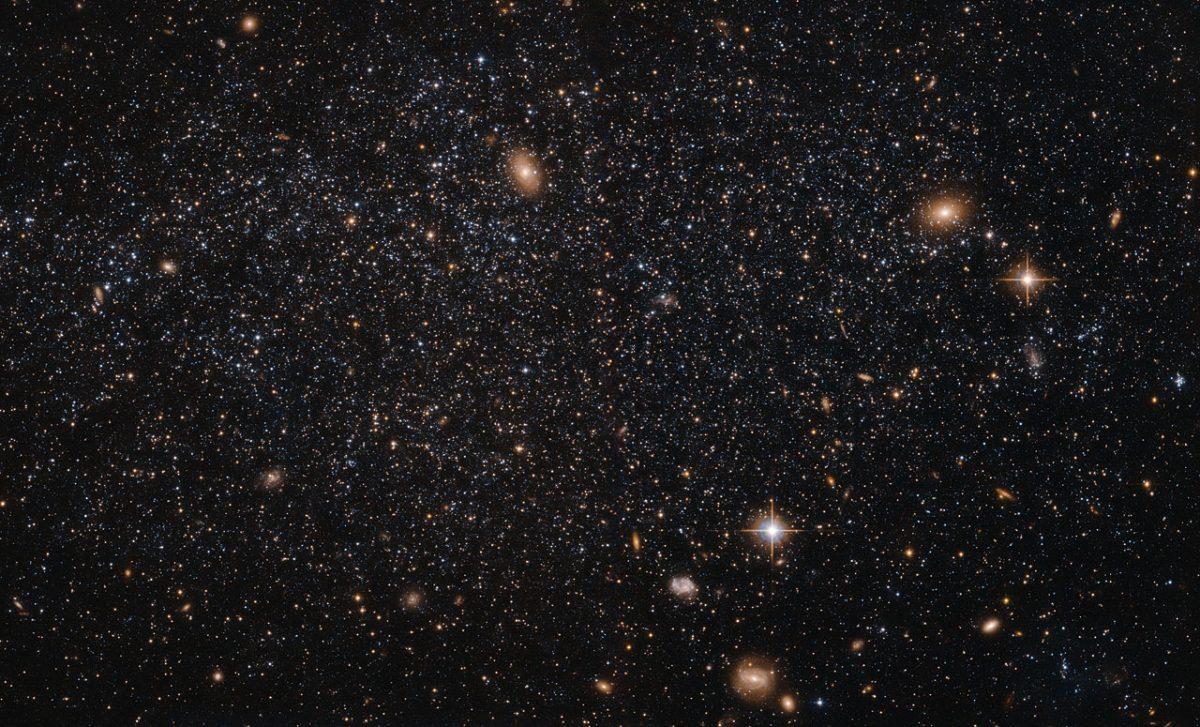 Спросите Итана: если гравитация притягивает, как может «дипольный отражатель» отталкивать Млечный Путь? - 6