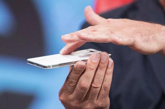 Компания Essential начинает доставку своего «белого» телефона