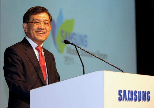 Исполнительный директор Samsung покинет свой пост в конце марта 2018
