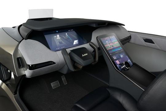 При проектировании EMIRAI 4 внимание разработчиков было сфокусировано на трех направлениях: электрификации, самоуправлении и подключении