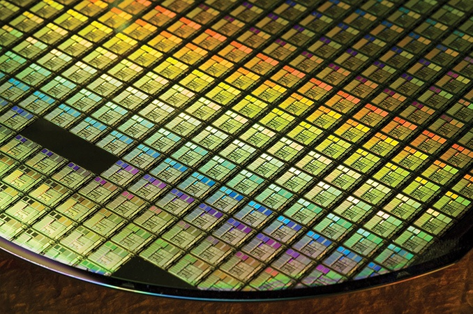 Технология FinFET 8LLP прошла квалификацию Samsung