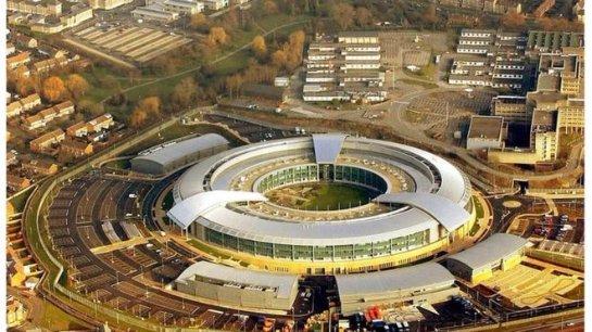 Британские шпионские агентства собирают данные из соцсетей граждан