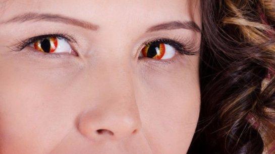 Контактные линзы «на Хеллоуин» могут вызвать потерю зрения