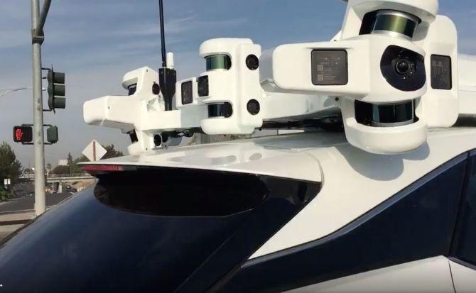 Блок, создаваемый в рамках проекта Project Titan, размещается на крыше машины