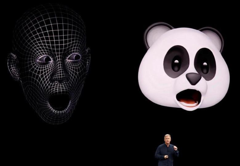 Компания Emonster kk подала на Apple в суд