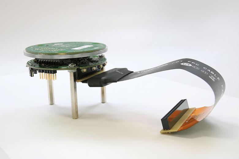 Набор для разработчиков Intel Speech Enabling Developer Kit стоит 400 долларов