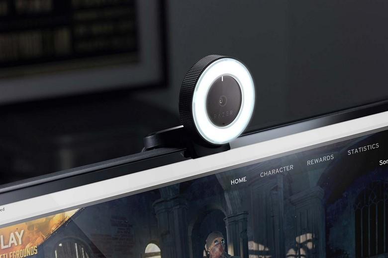 Razer представила web-камеру Kiyo и микрофон Seiren