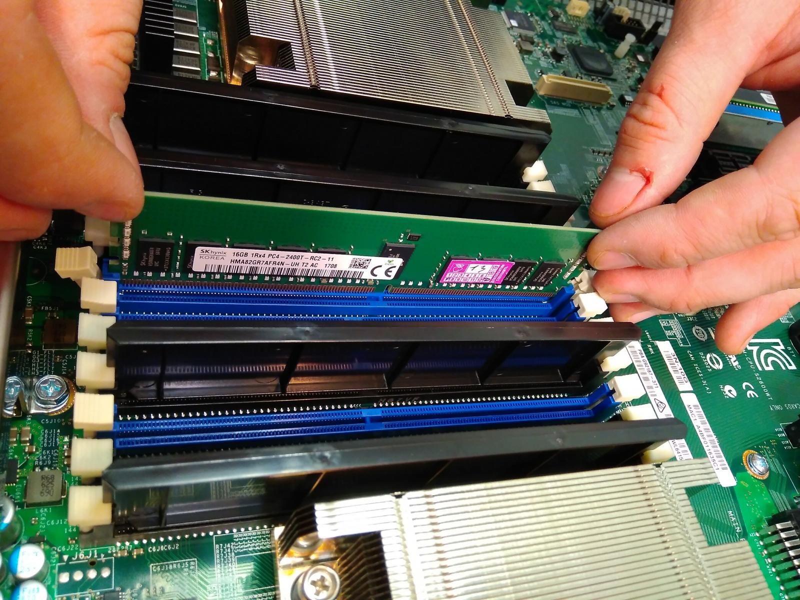 Покупка современного сервера Intel c NVMe P4800X - 13