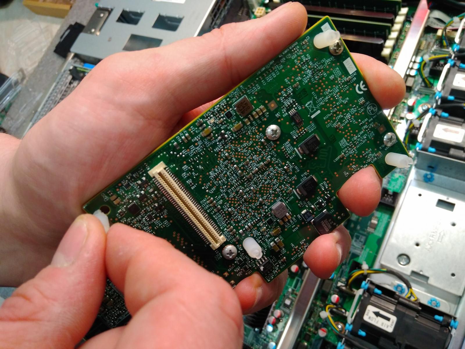 Покупка современного сервера Intel c NVMe P4800X - 18