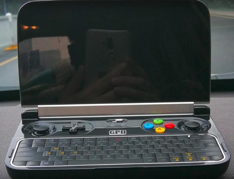 Появилась первая фотография преемника портативной приставки GPD Win