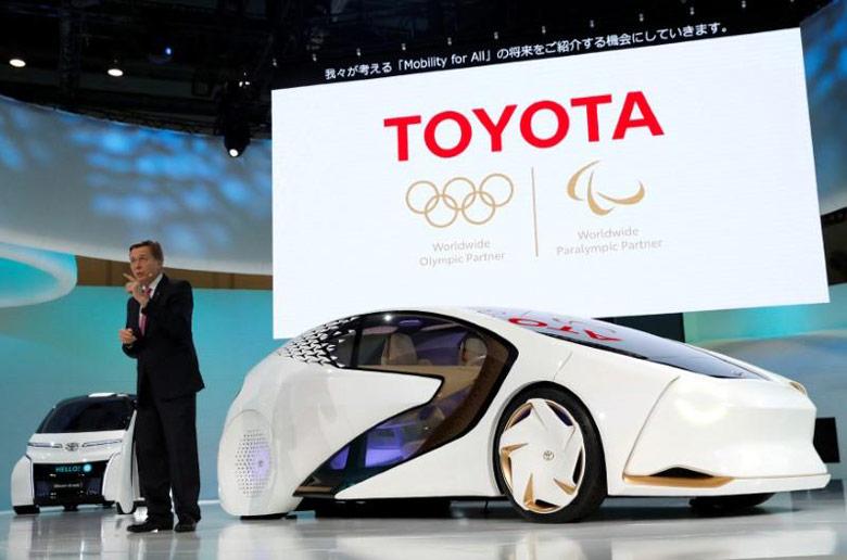 Toyota подтверждает приверженность машинам на водородных топливных элементах