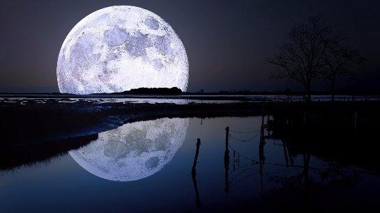 В НАСА решил переименовать Луну в планету