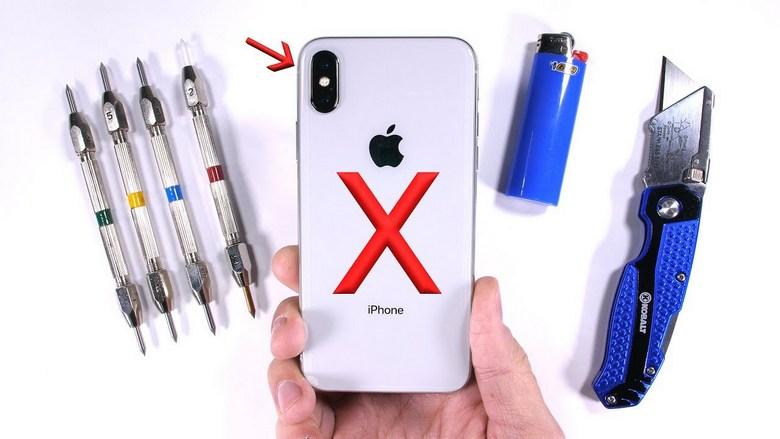 Смартфон iPhone X погнуть руками не выйдет