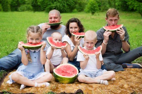 У детей из многодетных семей редко бывает ожирение