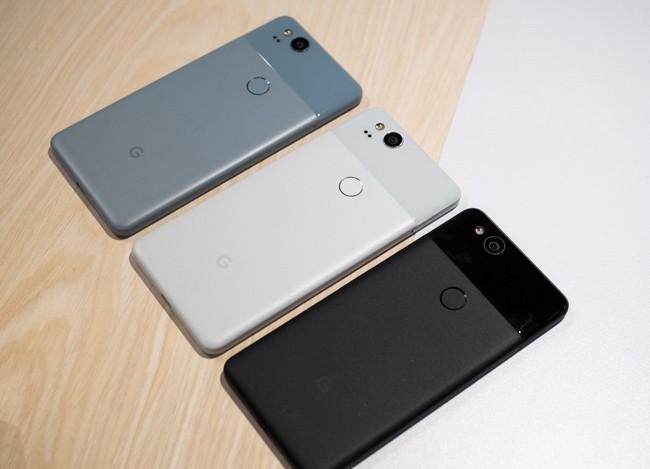 Не работает микрофон Google Pixel 2? Подуйте в громкоговоритель